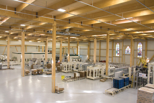 The expansion of our Lachute tissue paper plant receives LEED Gold environmental certification!